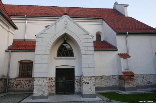 Najstarszy kościół, mury z XIIIw.